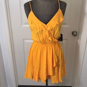 NWT Faux Wrap Dress SiZe M